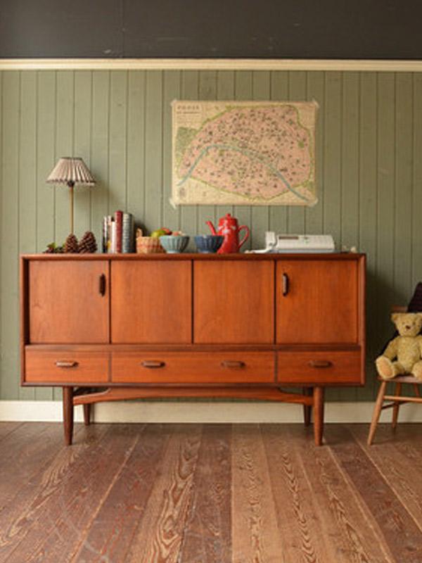 チーク材の家具